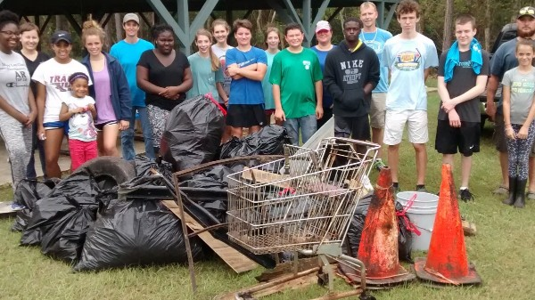 Rivers Alive Clean-Up in Woodbine - 21 Volunteers Hauled in over 530lbs of Trash 10/14/17.
