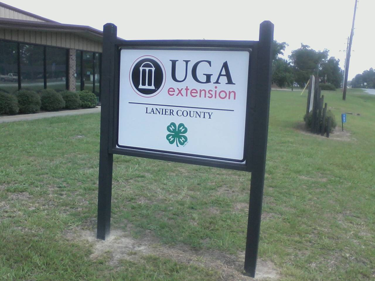 UGA Extension sign