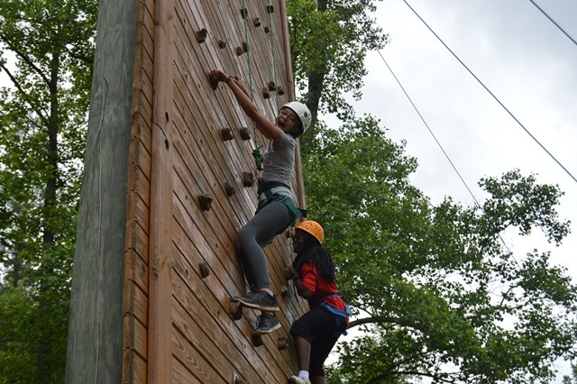 Overcome Challenges at Camp!