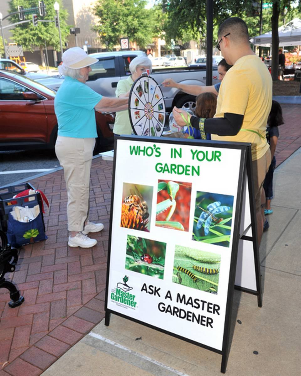 Master Gardener Extension Volunteers